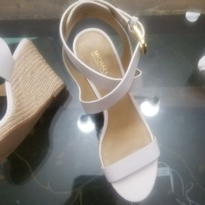 New Michael Kors white leather ankle cross sandal